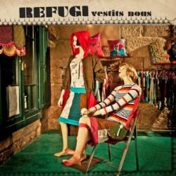 CD Refugi - Vestits nous