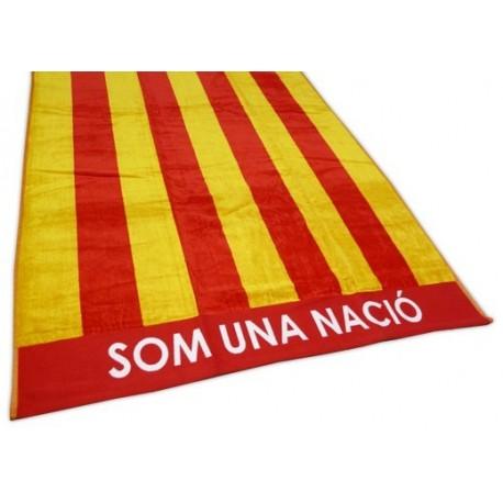 """Tovallola platja Estelada roja """"Som una nació"""""""