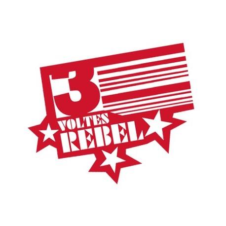 Adhesiu plàstic Tres voltes rebel